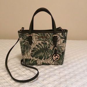 🌴 MK Palm Leaf Purse